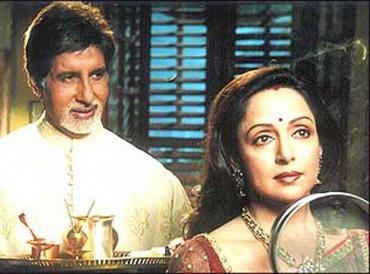 Amitabh & Hema celebrating bond of love in Baghbaan