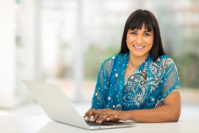 girl finding groom online