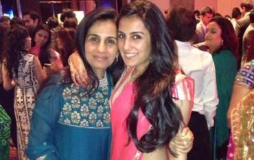 chanda-and-daughter
