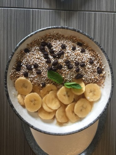 Banana with Amaranth Muesli