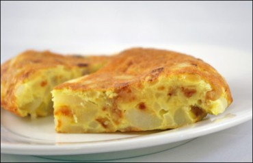 Make A Spanish Omelet To Use Up Leftovers