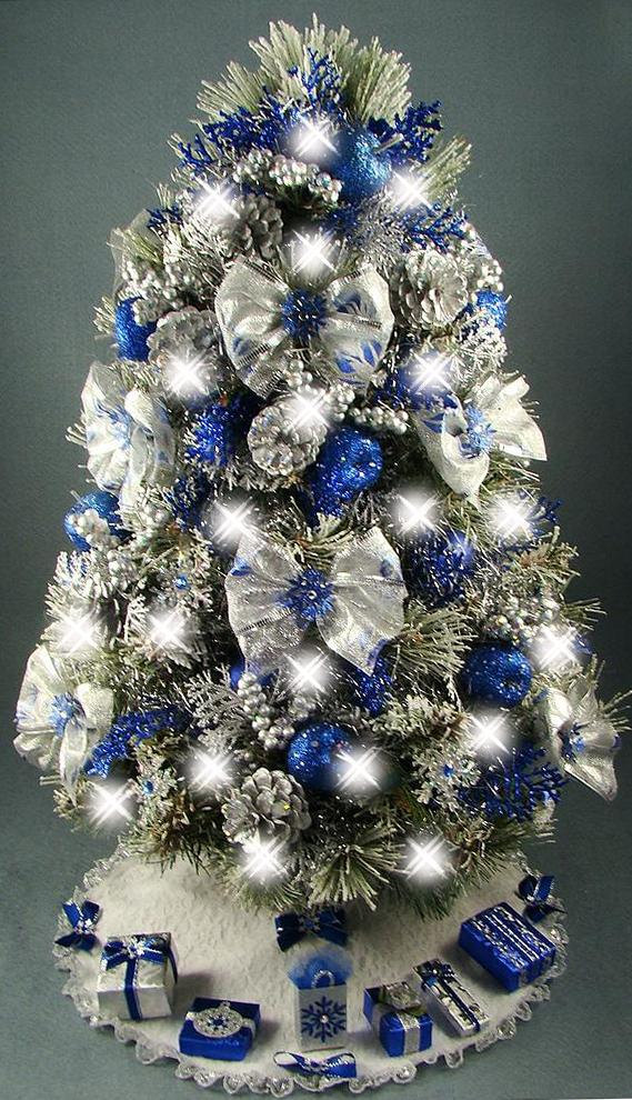Decorate your christmas tree with special themes - Blue themed christmas tree ...