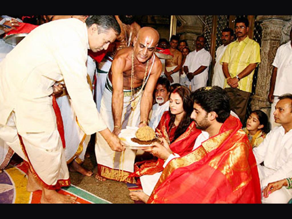 abhishek-bachan-aishwarya-rai-wedding-pic