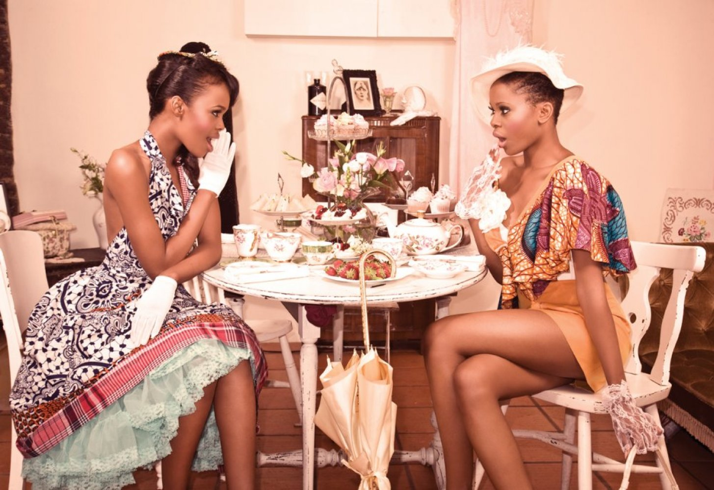 girl tea time gossip