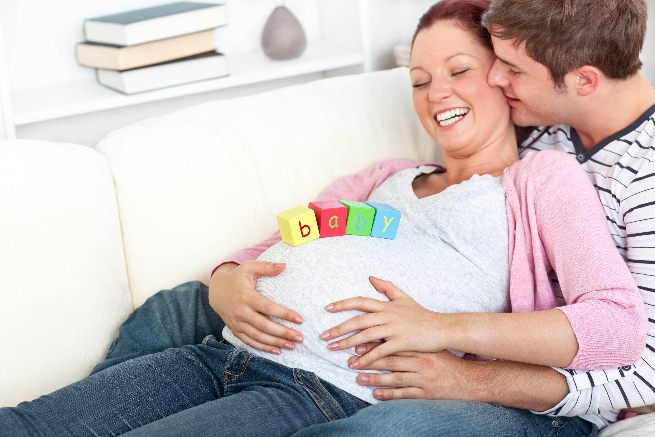 Фото простых семей беременная с мужем